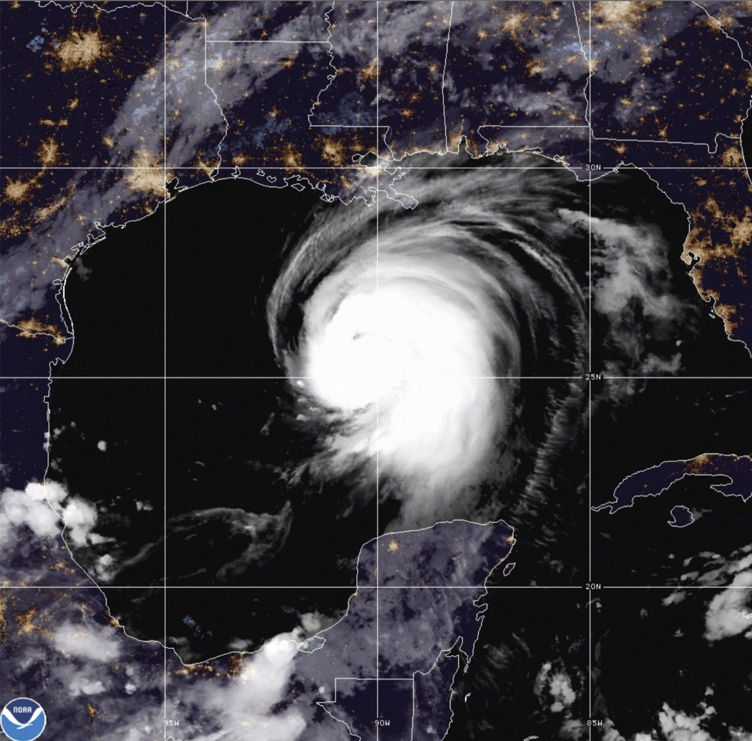 Hurricane Laura off the coast of Louisiana in NOAA imaging